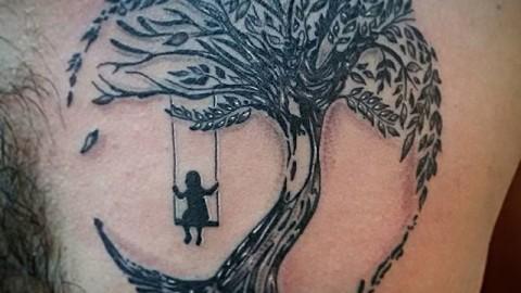 дерево качели девочка