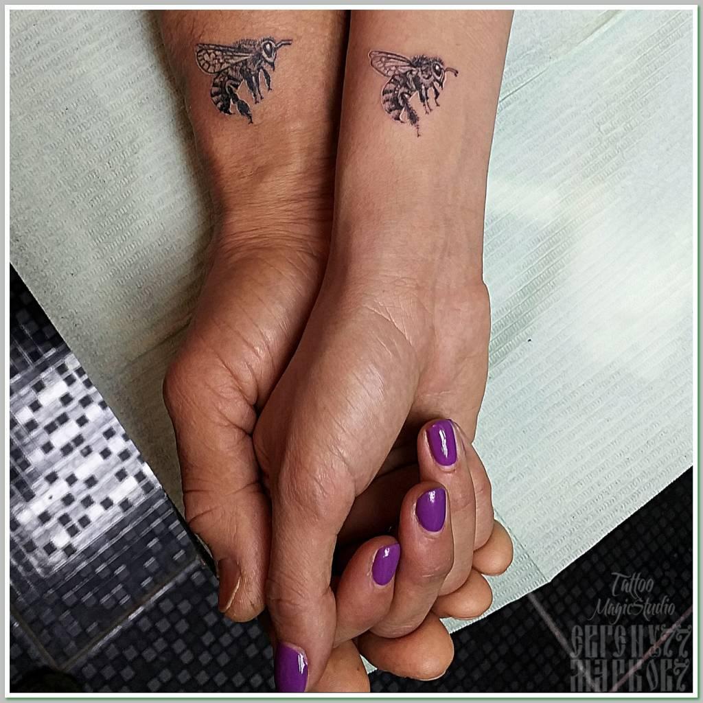 пчела миниатюрная татуировка парная татуировка bee miniature tattoo couple tattoo