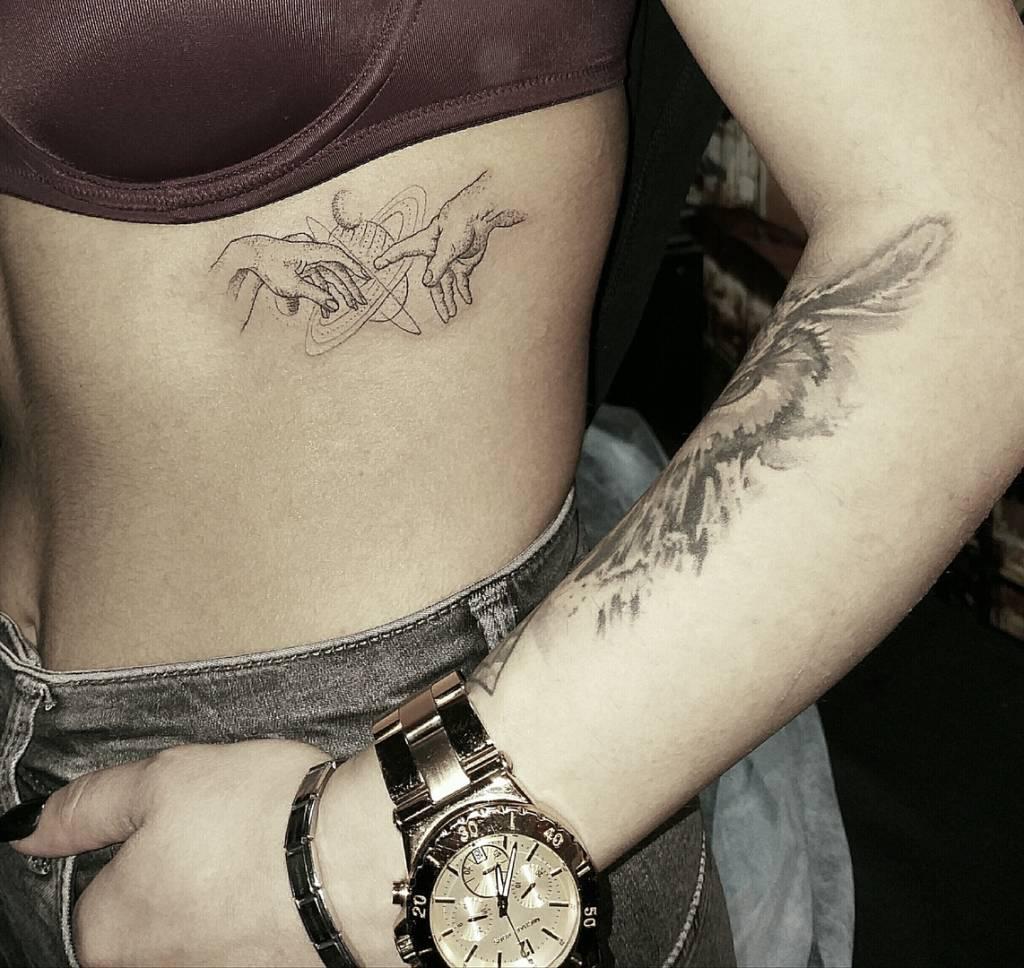 тату в сочи,татуировки в сочи студия салон, татуировка студия салон в сочи,   тату салоны в сочи,тату салон в сочи, тату студия в сочи,tattoo in sochi, tattoo studio in sochi,tattoo sochi, tattoo workshop,tattooart,tattoosochi.ru tattooed,inked,sleeve,ink,tattooedgirl,tatts,  instatattoo,tatattoos,tagstagramers, черно-белая зажившая татуировка healed black and grey tattoo   tagsta,newtattoo,instagramtags,tats,  sleeve,art,design,artist,amazing,body,tattoos, bodyart,tattoomagicstudio,tattoosochi.ru tattoomastersochi,татумастерсочи, татуировщиксочи,татуировкасочи,tattoosochi.ru,tktx,TKTX, обезболивающий крем тктх,tattoomagicstudio.ru,тату сочи татами сочи, тату салон сочи,тату +в сочи цены тату мастер сочи,тату салоны сочи цены,  сделать татуировку +в сочи, сколько стоят татуировки +в сочи тату +в сочи, салон сочи, тату +в сочи цены, тату мастера сочи, татуировка сочи, тату адлер,тату салон адлер Миниатюра по мотивам картины Микеланджело  «Сотворение Адама» с некоторыми дополнениями A miniature based on Michelangelo's painting  The Creation of Adam with some additions.